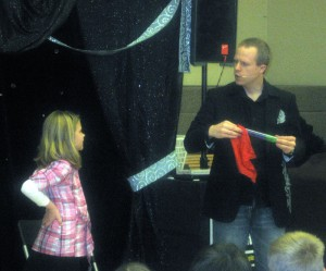 Allentown PA Magician Eddy Ray Performing